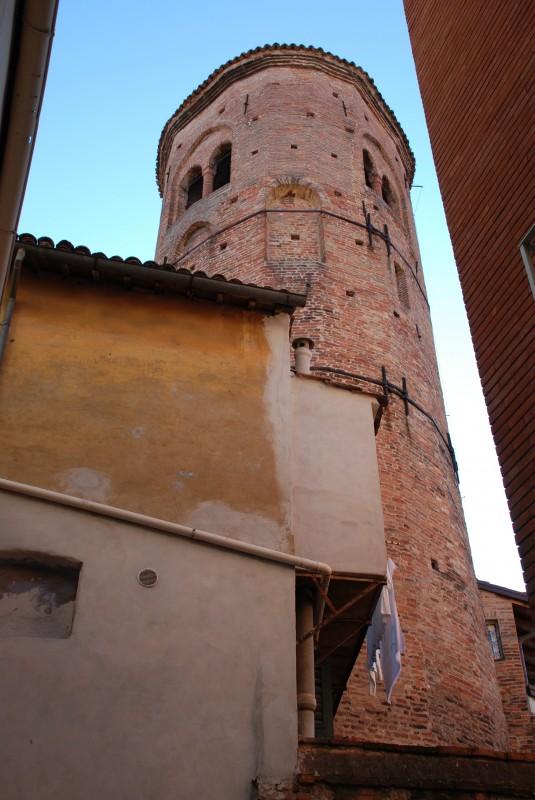 Campanile di Santa Maria in Regola, XII sec.