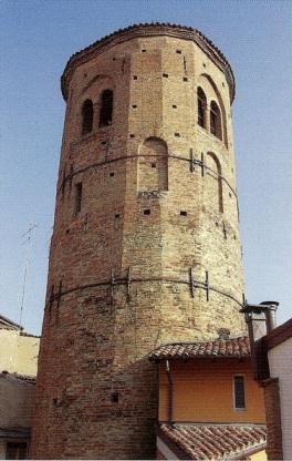 Campanile di Santa Maria in Regola.